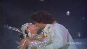 Chanchal Sheetal Nirmal - Shashi Kapoor - Zeenat Aman - Satyam Shivam Sundaram - Old Songs - YouTube[(009009)21-17-26]