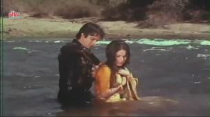 Shashi Kapoor, Rakhee, Jaanwar Aur Insaan - Scene 4_15 - YouTube[(010794)20-37-01]