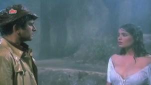 Zeenat Aman, Bandhan Kachchey Dhagon Ka Song - YouTube(4)[20-26-20]