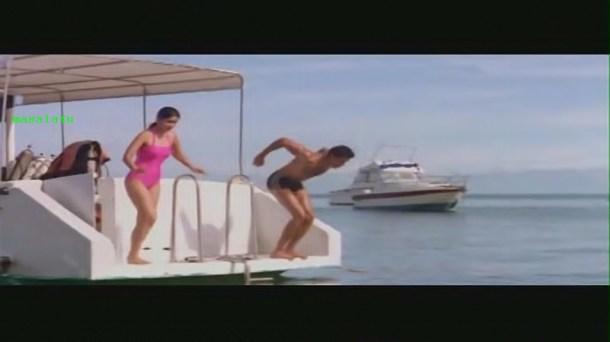 Main Prem Ki Diwani Hoon - 6_17 - Bollywood Movie - Hrithik Roshan & Kareena Kapoor - YouTube(4)[20-18-20]