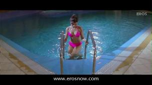 Is Tarah Deewane - Full Song - Insan ft Ajay Devgn & Koena Mitra - YouTube(2)[(002560)19-57-59]