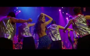 _Anarkali Disco Chali Full Song_ _ Housefull 2 _ Malaika Arora Khan[19-54-17]