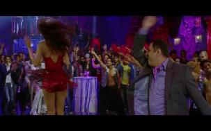 _Anarkali Disco Chali Full Song_ _ Housefull 2 _ Malaika Arora Khan[19-55-39]