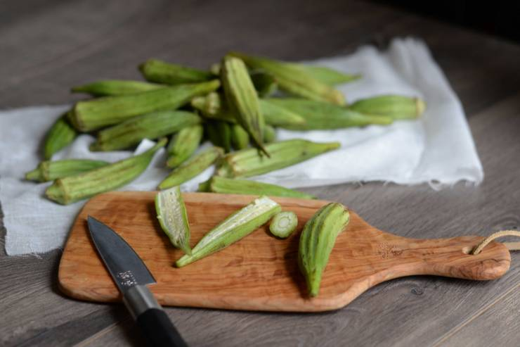 crispy-okra-recipe-ingredients