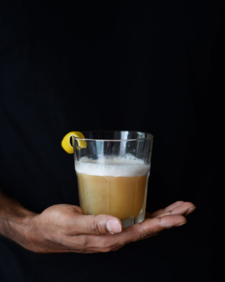 rye-sour-cocktail-whisky-recipe