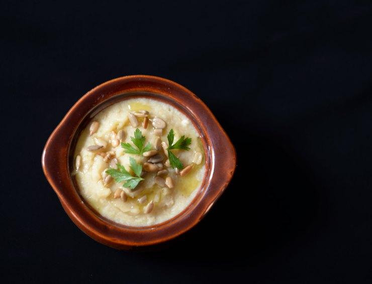fava-beans-hummus-appetizer