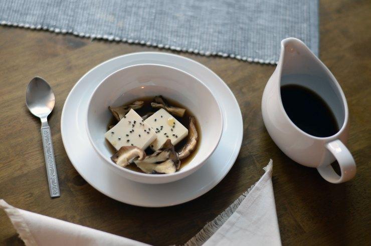 tofu-mushroom-sesame-japanese-appetizer