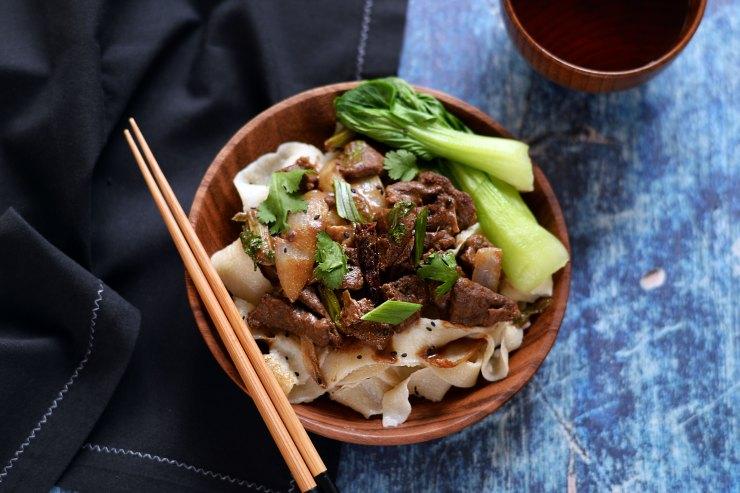 chinese-xinjiang-recipe-goat-cumin-spicy-noodles