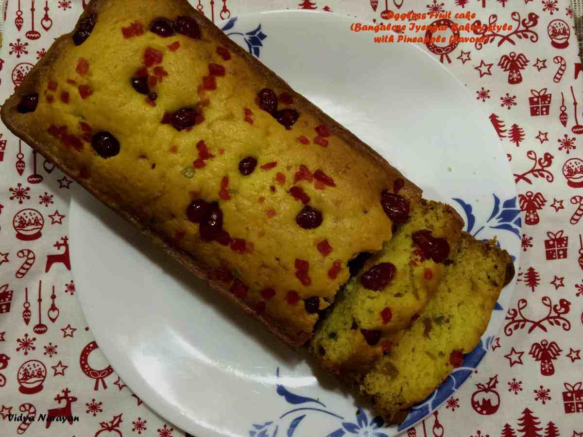 IMG_1106 pineapple fruit cake 2 (1).jpg