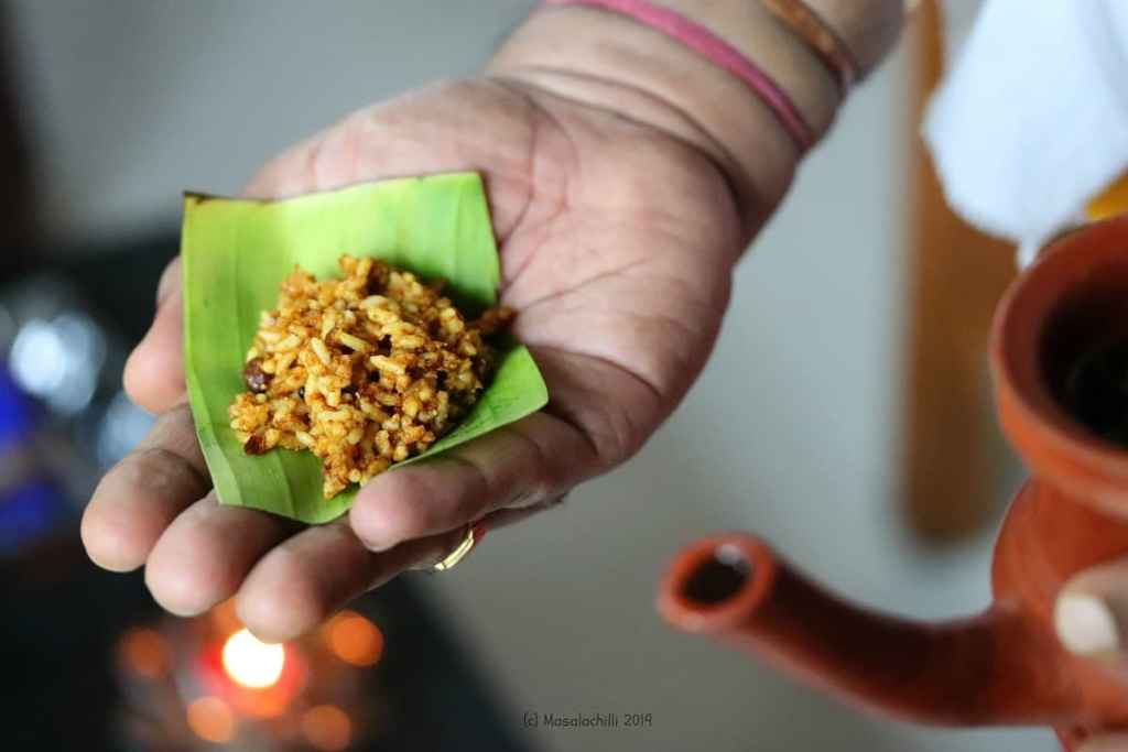 Kovil Puliyodharai served on banana leaf