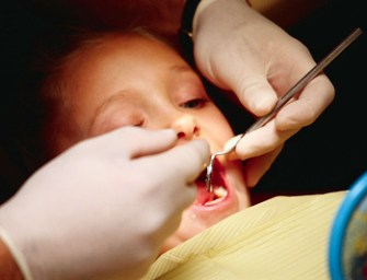 First Time at the Dentist: What Parents Should Know