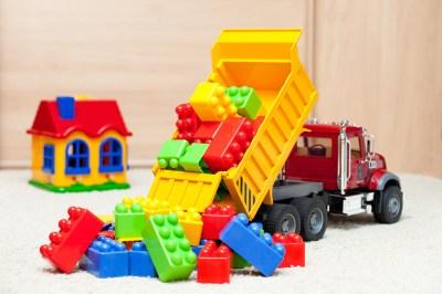 toys;