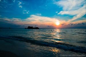 沖縄 ビーチ サンセット 夕日