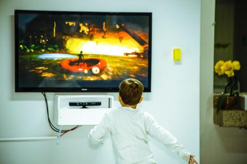 ひかりTVのチューナーは購入すべきか?レンタルすべきか?