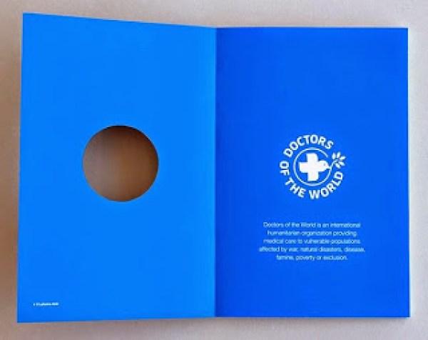 Contoh desain brosur desain kreatif - Doctors of the World 02