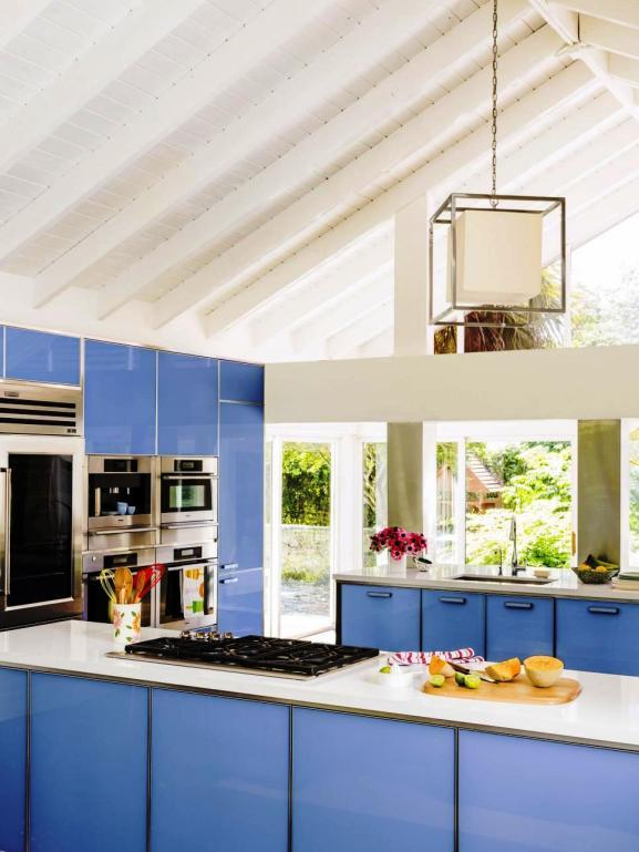 Menentukan Warna Cat Dapur Rumah - RX-HGMAG019_Show-Stopping-Home