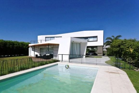 Tips Merenovasi Rumah Menjadi Type Minimalis - V-shaped-modern-home-in-argentina-inspiring-a-highly-comfortable-lifestyle
