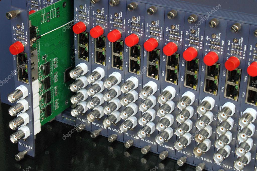 Removable card of fiber optic video converters rack