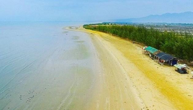 Asal usul pantai karang jahe rembang dengan satu kilometer pohon cemara