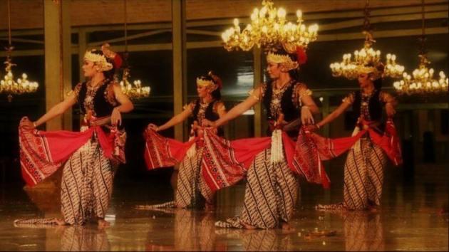 Tarian Serimpi, Tarian Tradisional Daerah di Indonesia dari provinsi Yogyakarta