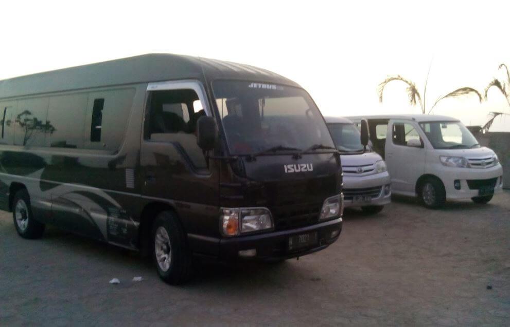 Armada mobil travel Jogja Jakarta