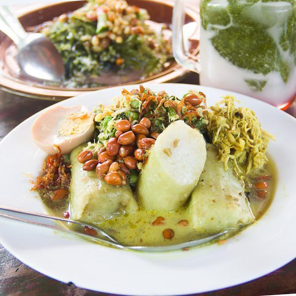 Makanan khas singaraja