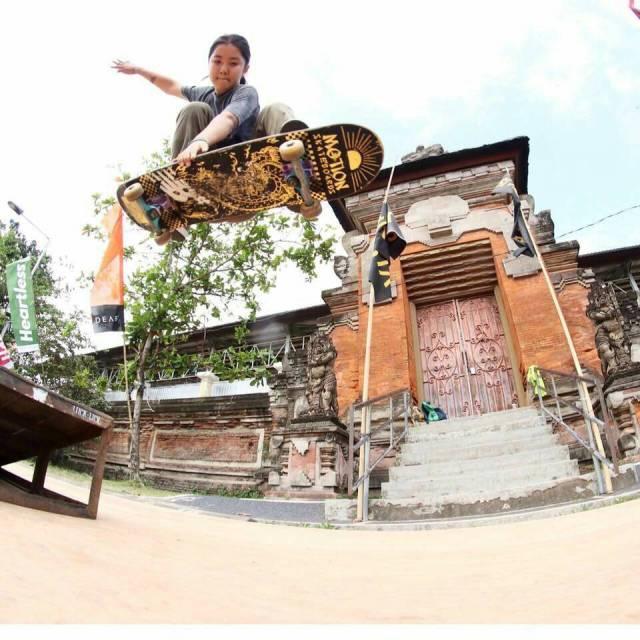 skateboarders bali