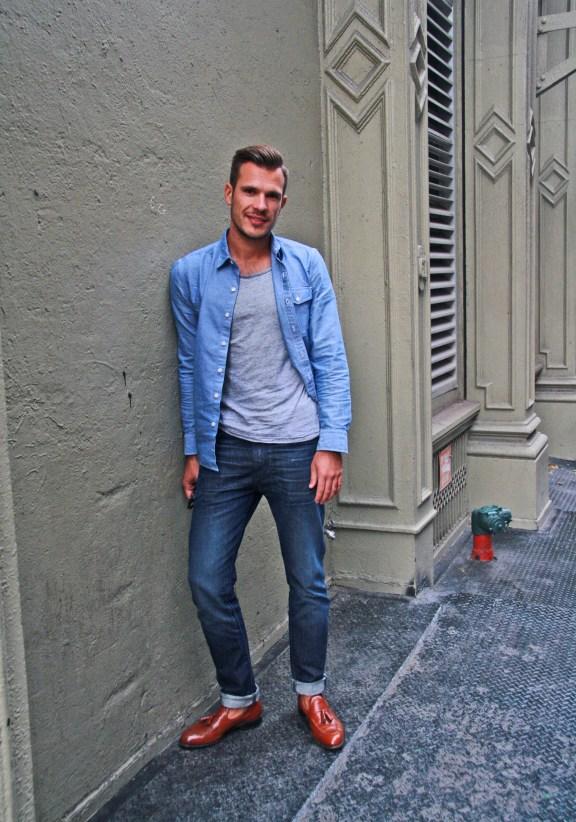 Button Down Shirt - Levi's, T-Shirt - H&M, Jeans - Levi's, Shoes - Allen Edmonds bought vintage