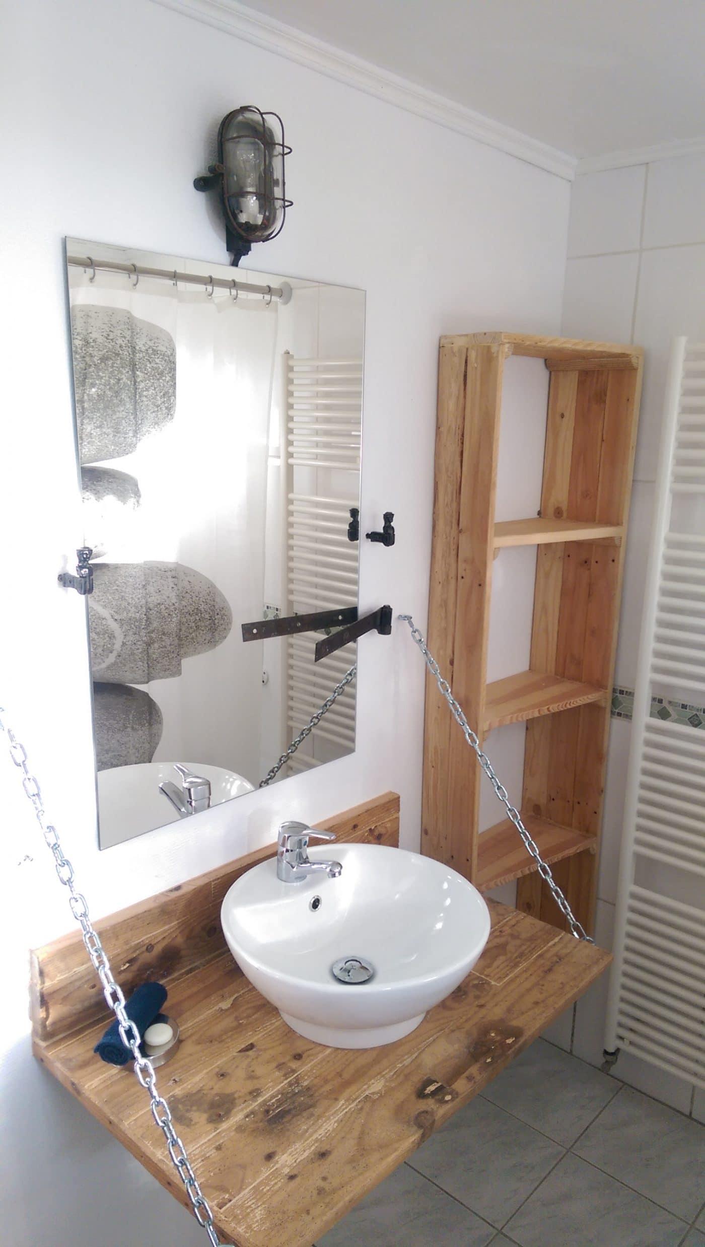 """La Bergerie"""" se pare dune nouvelle salle de bain - Le Mas Des"""