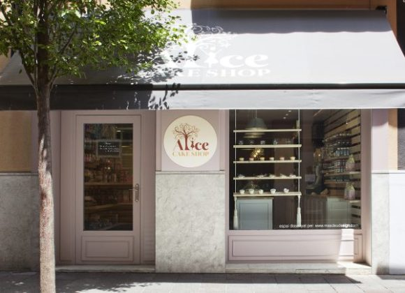 10-alice-cake-shop