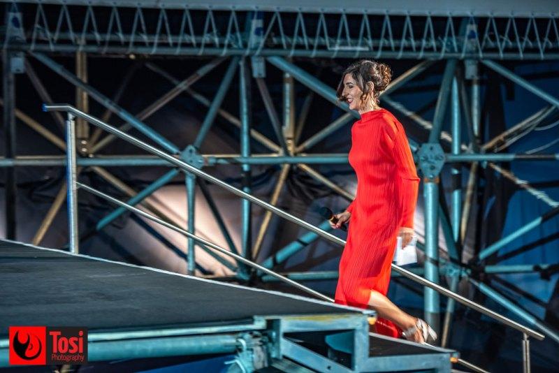 Lili Hinstin sale sul palco di Piazza Grande © Tosi Photography