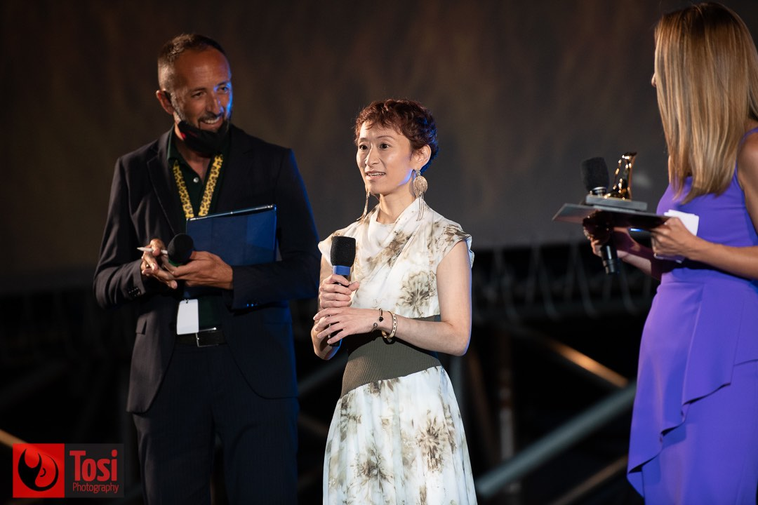 Tosi Photography-Locarno 2021-Award Film. BELLE Riu to Sobakasu No Hime by Memoro Hosada by President studios Chizu-Yuka 3