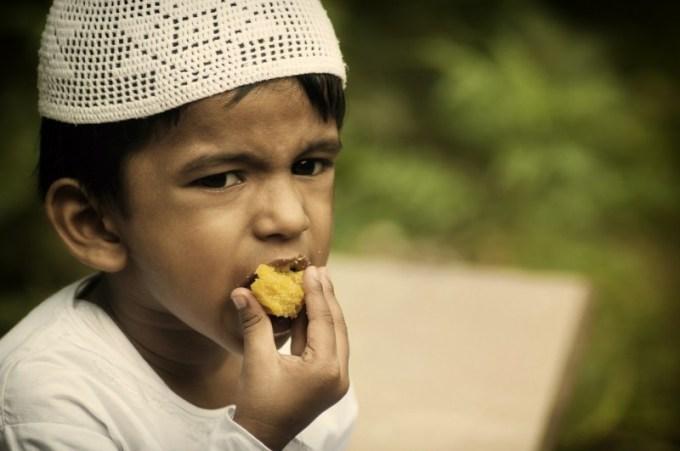 Makan sendirian nggak asik