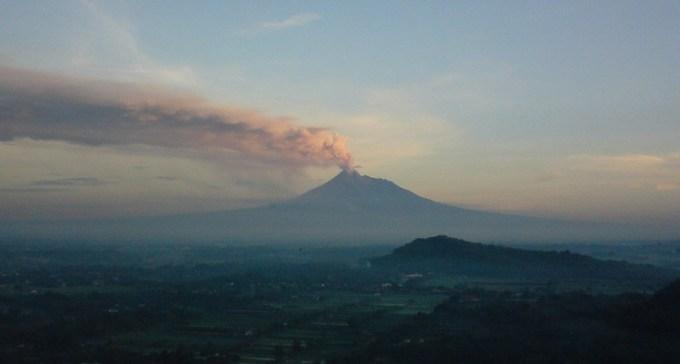 Gunung Merapi di Jogja