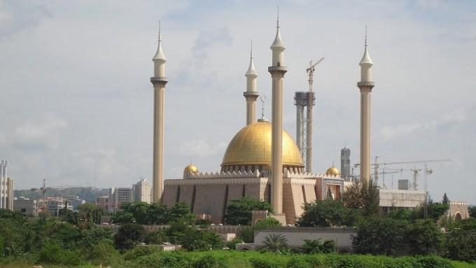 Masjid Abuja National yang Berada di Abuja, Nigeria