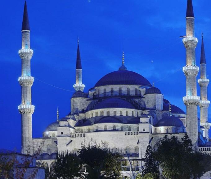 Masjid Biru yang Berada di Istanbul, Turkey