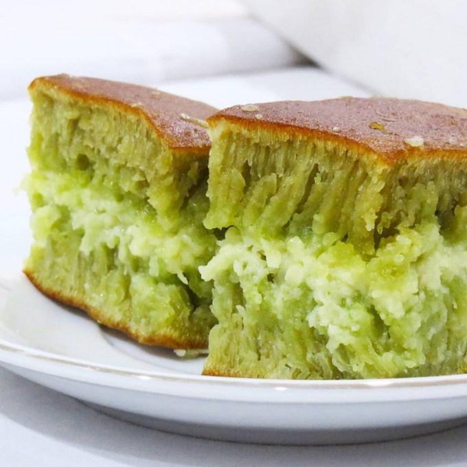 Martabak manis green tea