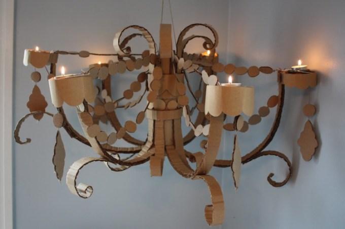 Kerajinan lampu gantung dari kardus