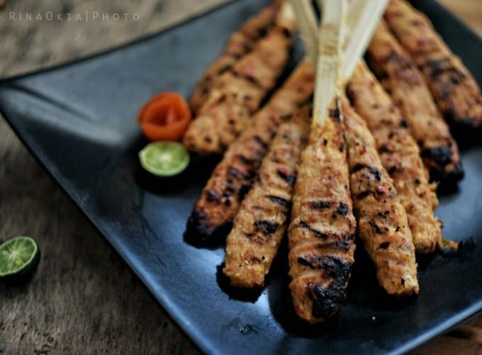 sate pusut makanan khas lombok