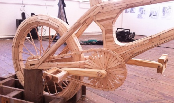 Kerajinan Tangan Sepeda BMX dari Stik Es Krim