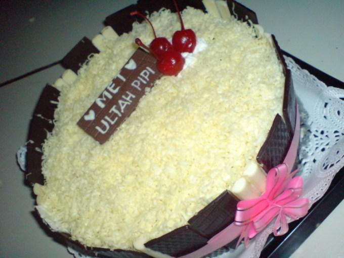 Kue ulang tahun keju coklat