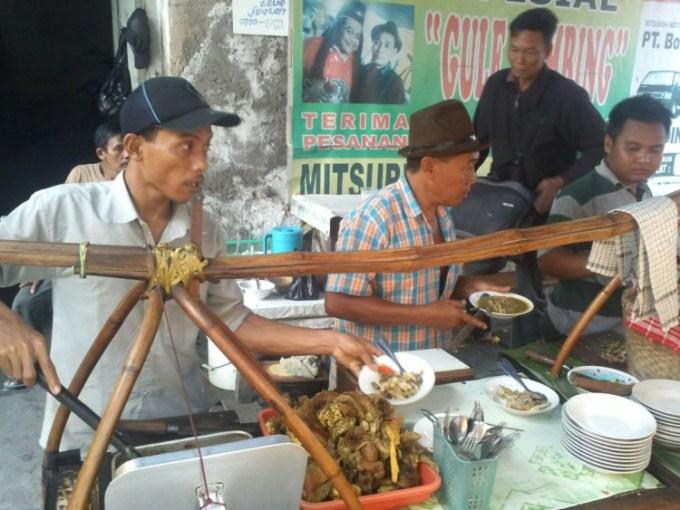 Gule Kambing Pak Sabar Bustaman tempat makan enak di Semarang