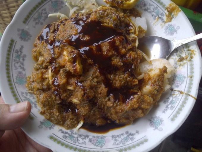 Toge Goreng Mas Gebro salah satu kuliner di Bogor