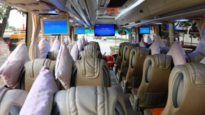 Tempat duduk bus mewah