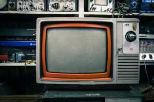 cara memperkuat sinyal antena tv indoor