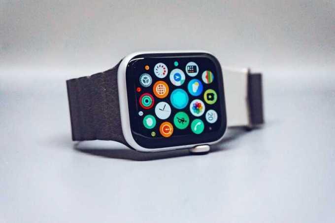 perbedaan jam tangan iphone ori dan kw dengan mudah