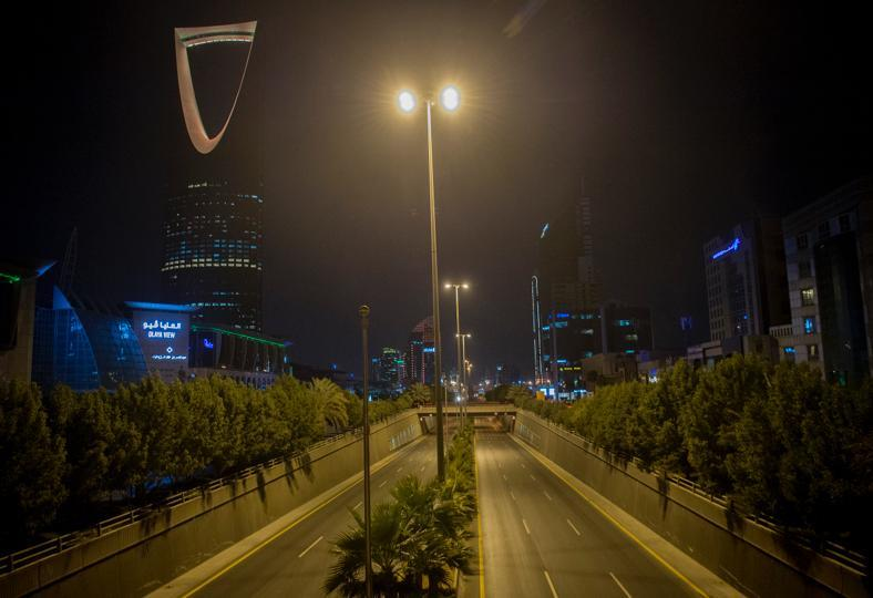 سماع صوت دوي في سماء الرياض.. ومصادر: اعتراض صاروخ