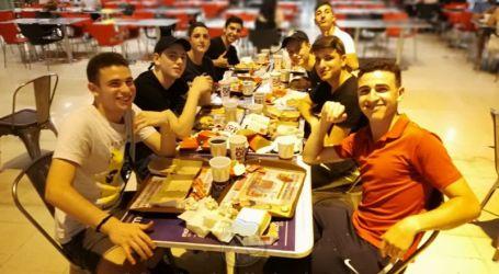 Junto al calor de Buenos Aires, amigos de Mashalá…