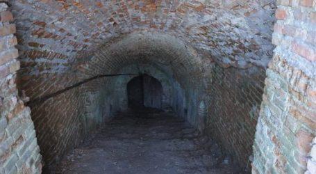 Restos de 286 víctimas judías del Holocausto descubiertas en dos sótanos en Ucrania
