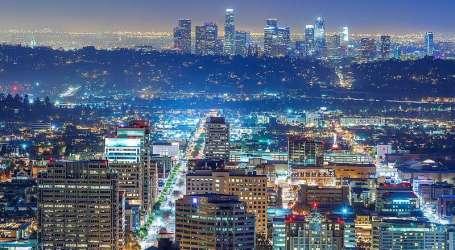 Se ordena a las sinagogas de California que cierren una vez más